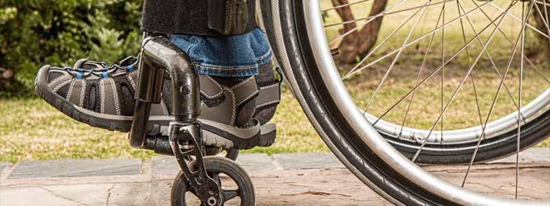 ¿Cuál es el porcentaje de plazas reservadas para discapacitados en las Oposiciones? 5